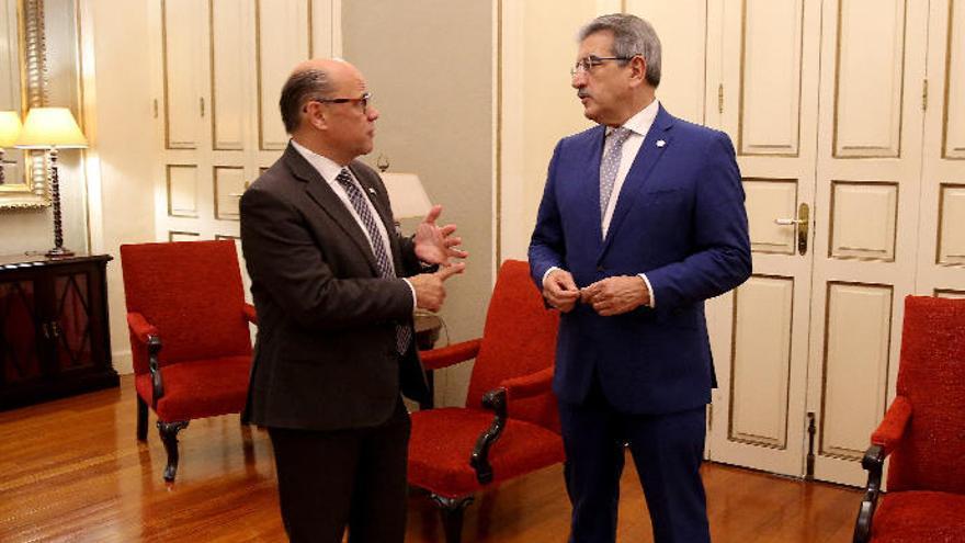 Canarias cerrará 2019 en superávit pese al gasto 'extra' de final de legislatura