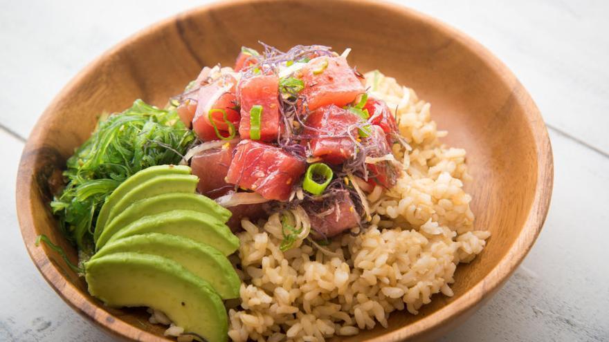 Descubre el 'poke', el 'sushi' hawaiano