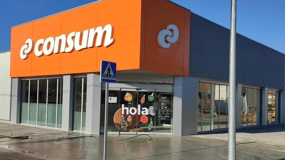 Consum paga una segunda 'Prima Covid' a sus trabajadores de 300 euros de media y subirá los salarios un 1% en febrero
