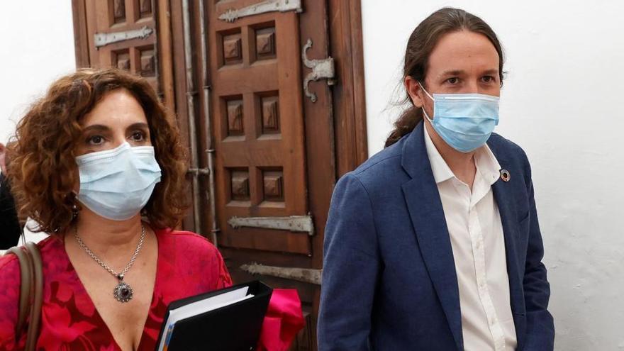 La nueva oferta de Hacienda a los alcaldes busca sumar el voto de IU-Podemos