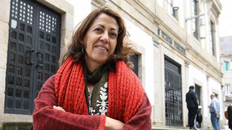 """Ángeles Diez Rodríguez: """"La extrema derecha no es la nueva amenaza, Europa aplica políticas fascistas y racistas desde hace años"""""""