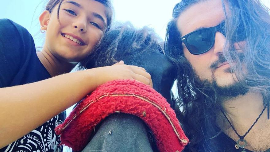 Centauro Quirón y el artista Fran Fernández darán 'el abrazo más grande del mundo'