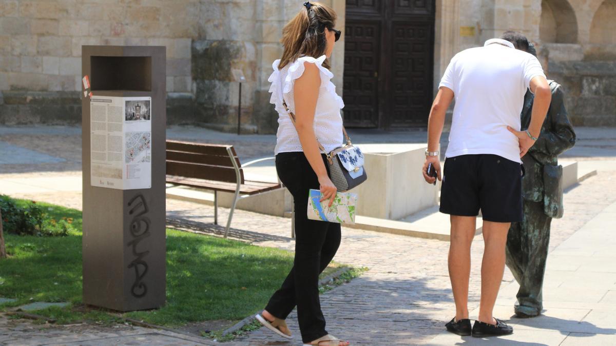 Turistas en Zamora