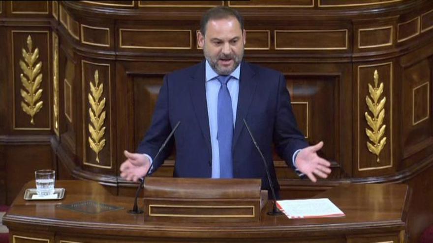 """Ábalos justifica la moción de censura para frenar la """"corrupción del PP"""""""