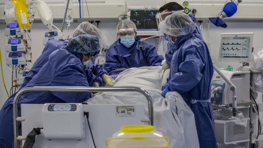 Sanidad detecta 393 casos más de coronavirus en la última jornada