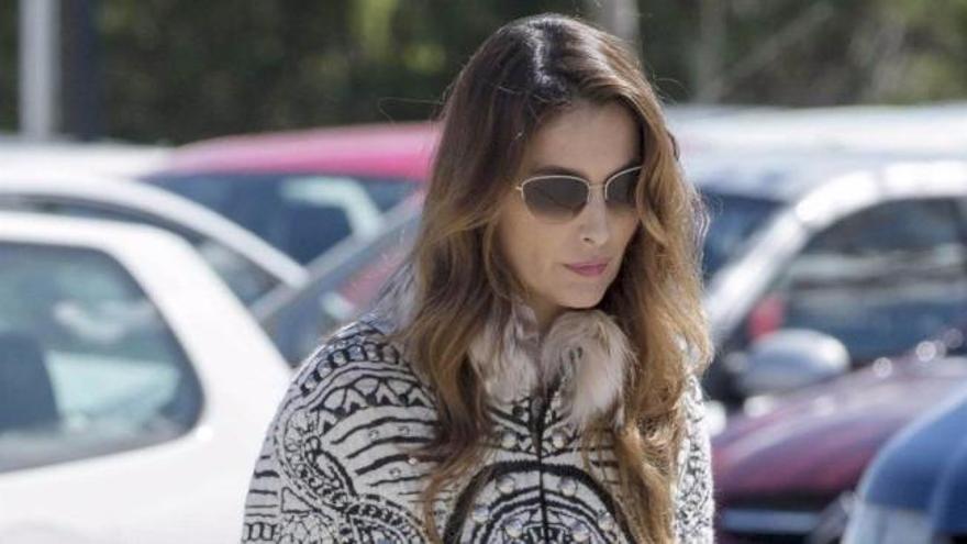 Paloma Cuevas vuelve a la rutina en Madrid, centrada en el cuidado de sus hijas