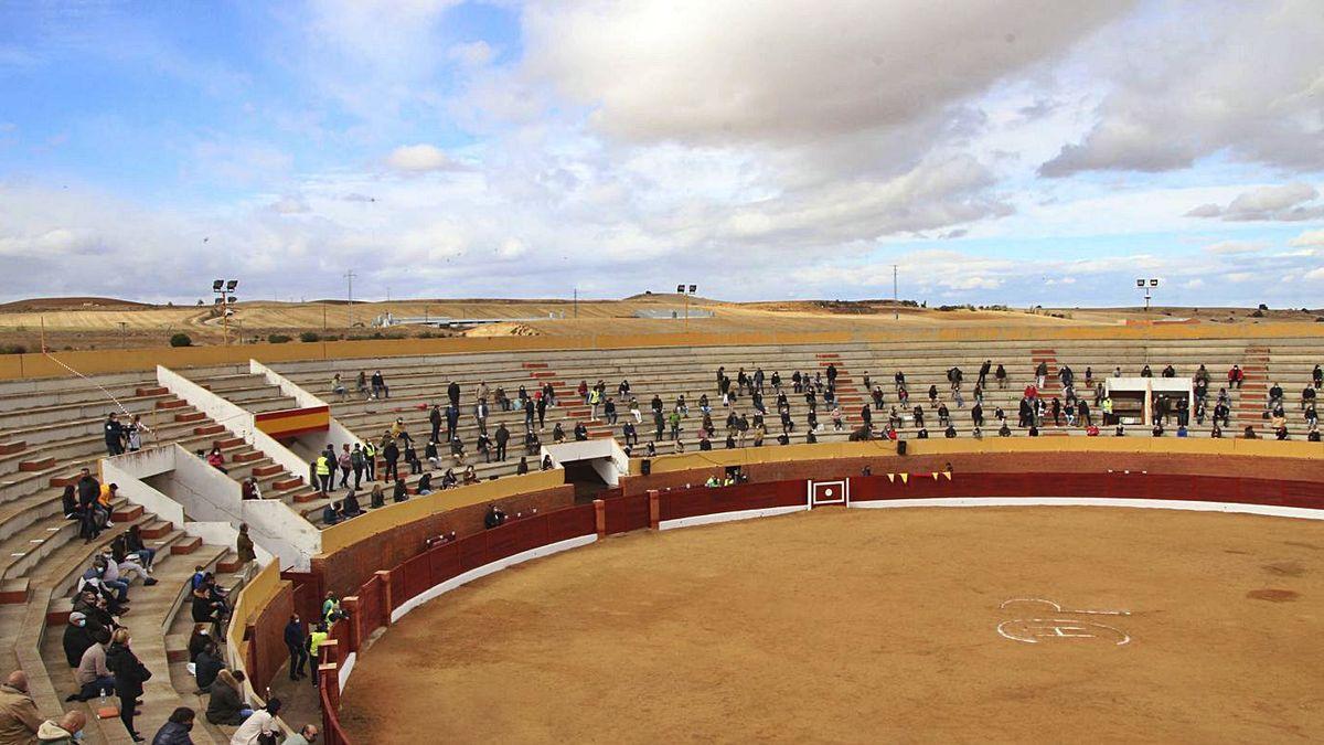 Plaza de toros de Fuentesaúco