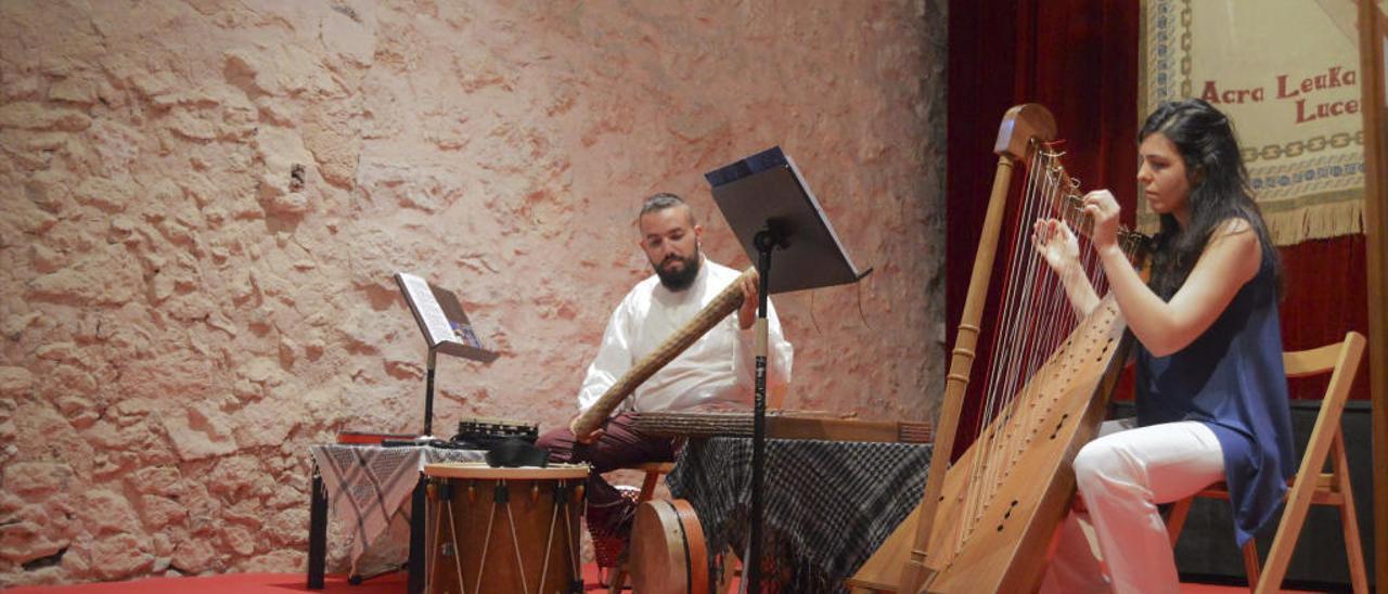 El castell de Montesa acull un recital de poesia amb música d'arpa barroca espanyola