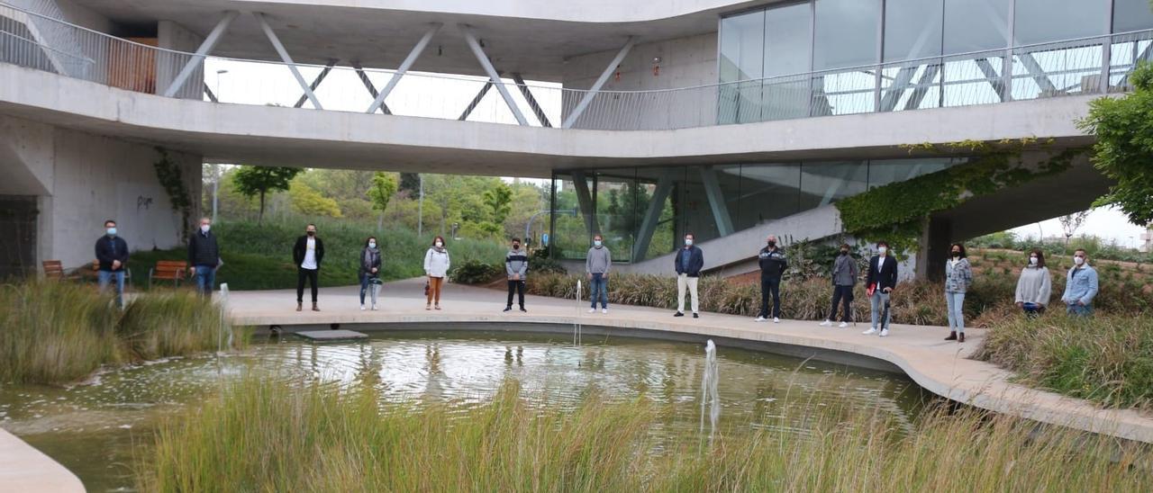 Un momento de la visita de Compromís al observatorio medioambiental