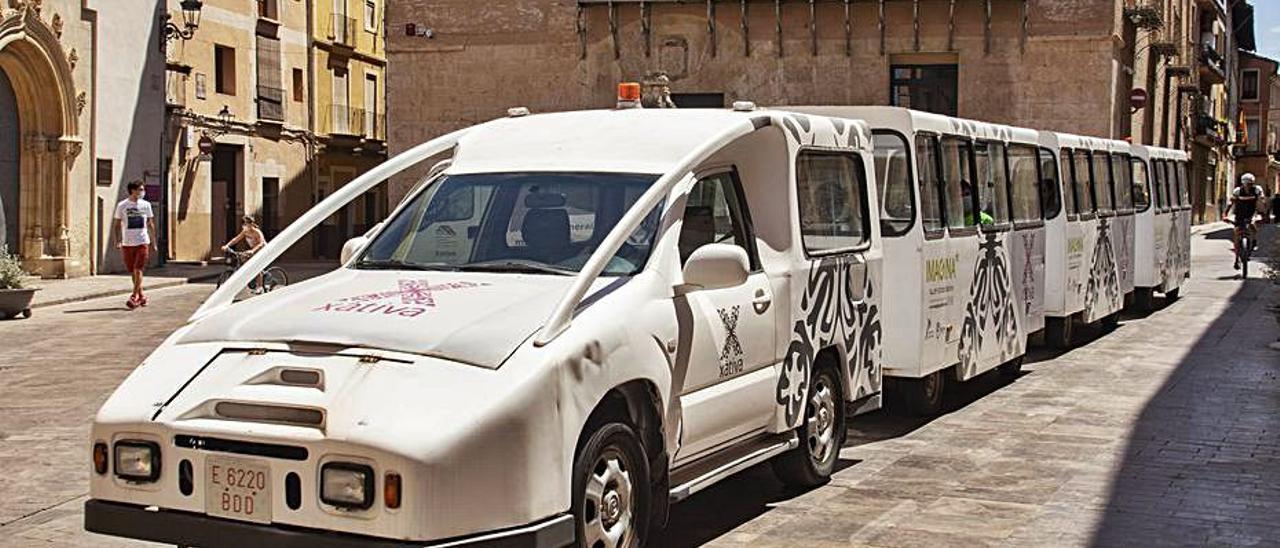 El renovado «trenet» de Xàtiva, la semana pasada | PERALES IBORRA