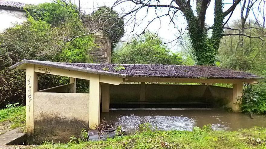 Oleiros pone en marcha el proyecto de la senda fluvial y ciclista del río de San Pedro