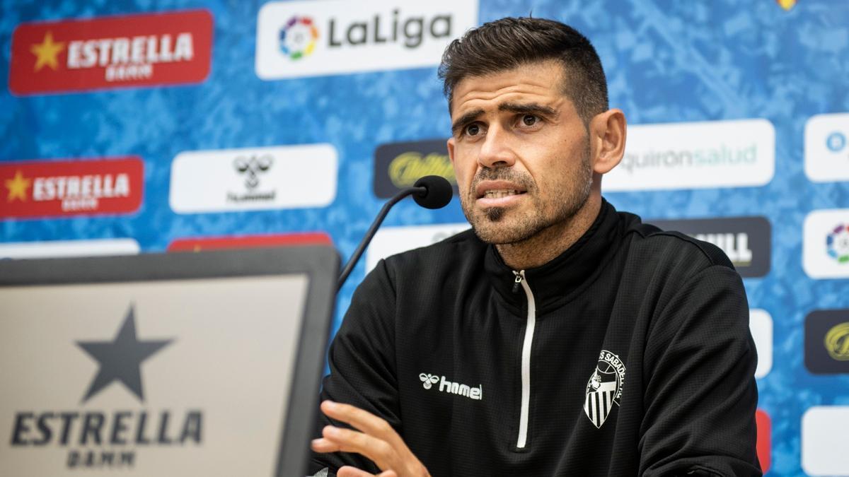 Antonio Hidalgo, técnico del Sabadell.