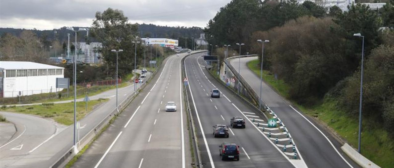 Tramo de la autovía A-55 entre Vigo y Mos.     // ALBA VILLAR
