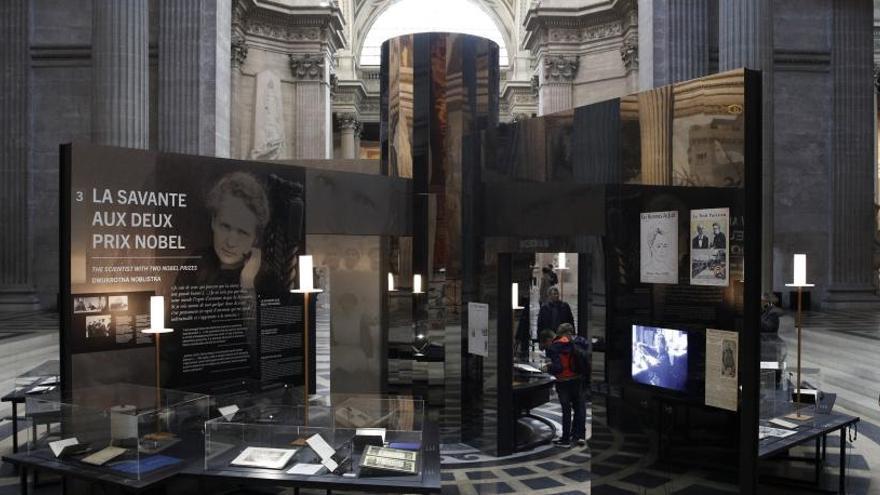"""Francia honra a Marie Curie, la científica """"feminista"""", en su 150 aniversario"""