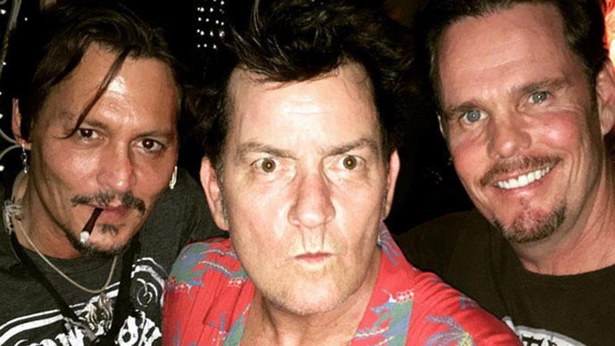 Depp, Sheen y Dillon celebran el 30 aniversario de 'Platoon'