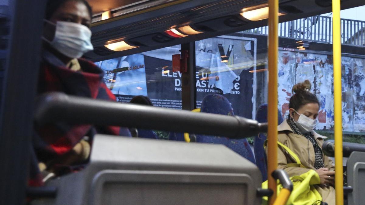 Así será el transporte público en Asturias en la fase 1: más autobuses, pero igual cuidado