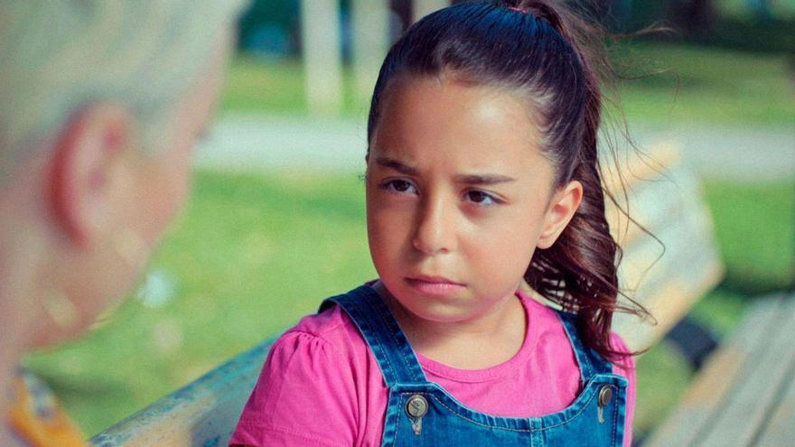 Beren Gökyildiz, la reina de los culebrones turcos de 11 años