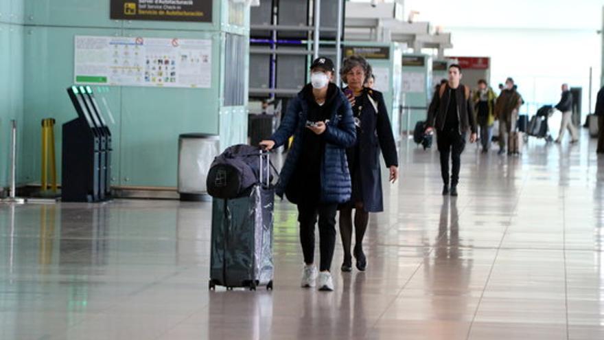 Pròrroga a les restriccions per als viatgers: s'amplien fins al 30 de juny