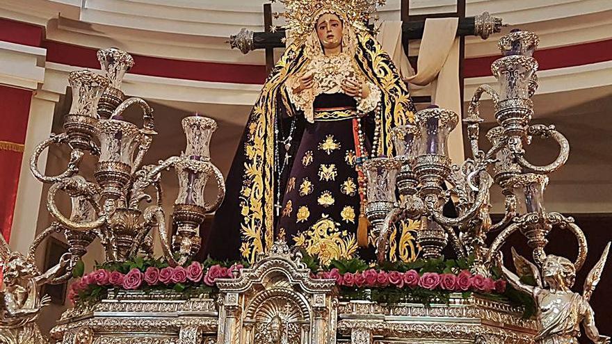 Salto de calidad para la Semana Santa ovetense: la Hermandad de los Estudiantes estrena trono andaluz para portar la Sagrada Lanzada