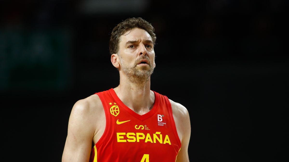 Pau Gasol in a match with the Spanish team.