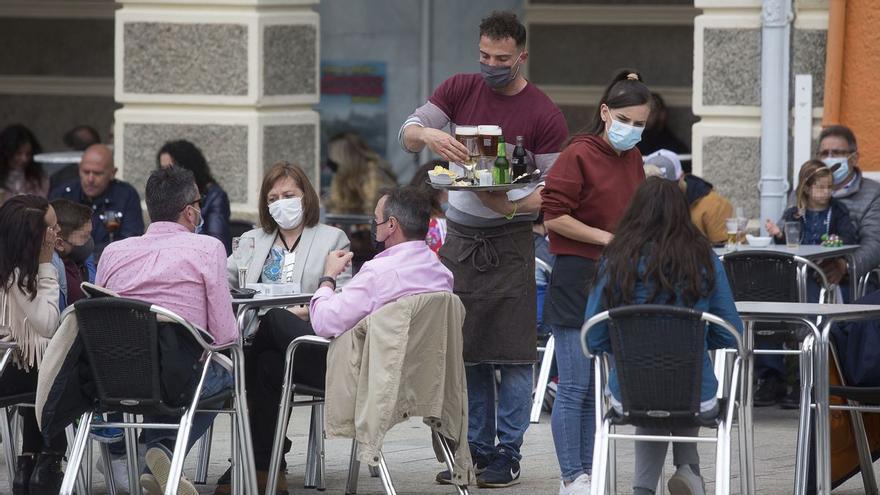 Canarias estudia pedir pruebas covid para acceder a los restaurantes
