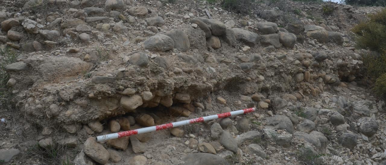 La acequia descubierta en La Vila Joiosa.