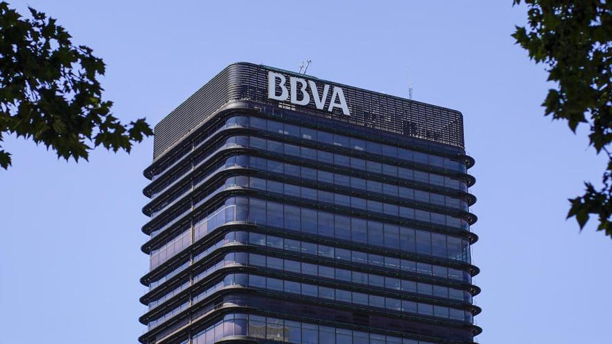 BBVA pierde 1.157 millones de euros en el primer semestre
