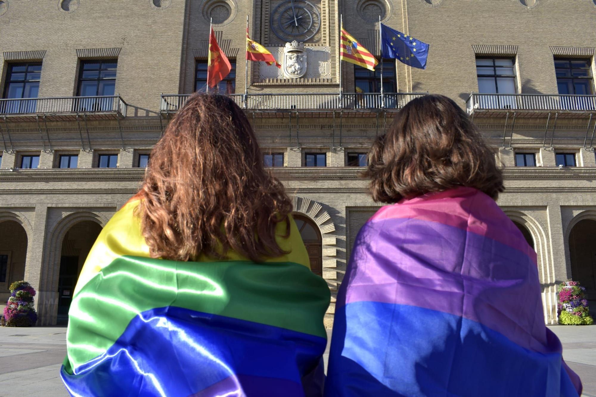 Fotogalería del el Día del Orgullo LGBTI en Zaragoza