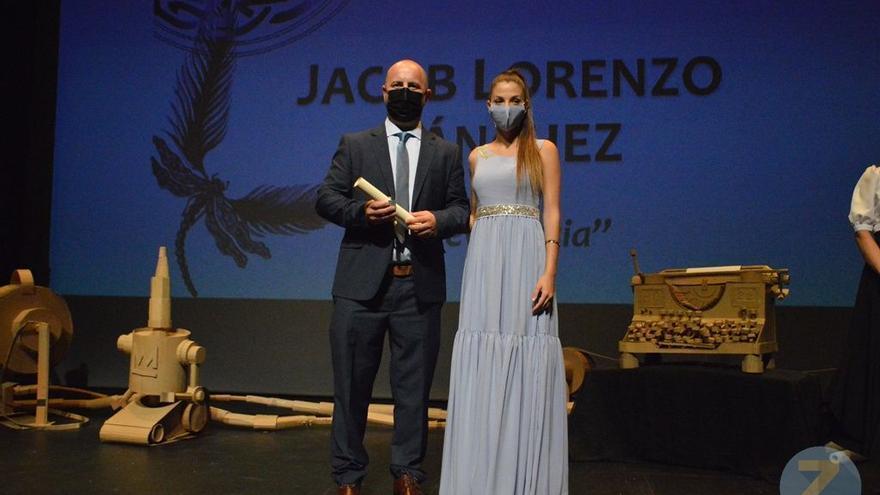 Jacob Lorenzo, premio nacional de poesía Eladio Cabañero