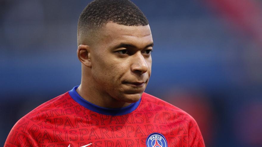 Mbappé descarta por el momento renovar con el PSG