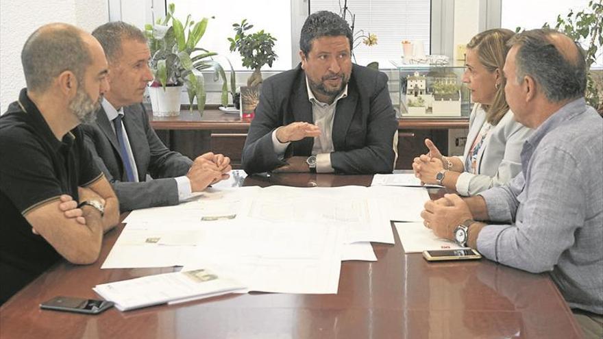 Moliner adelanta un millón de euros para recuperar Villa Elisa