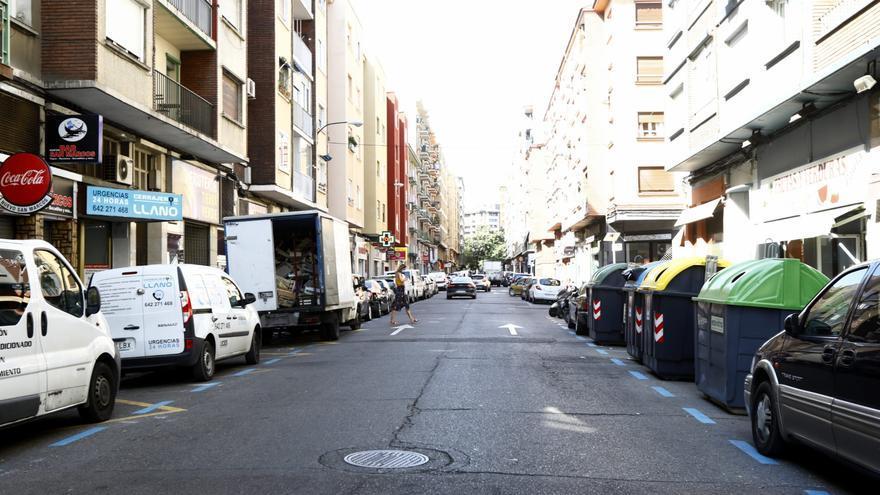 La reforma de la calle Reina Fabiola de Zaragoza permitirá ampliar las aceras pero reducirá las plazas de aparcamiento