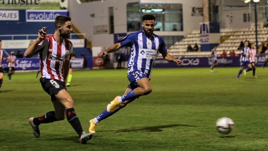 El supercampeón sufre en Alcoy (Alcoyano 1 - Athletic 2)