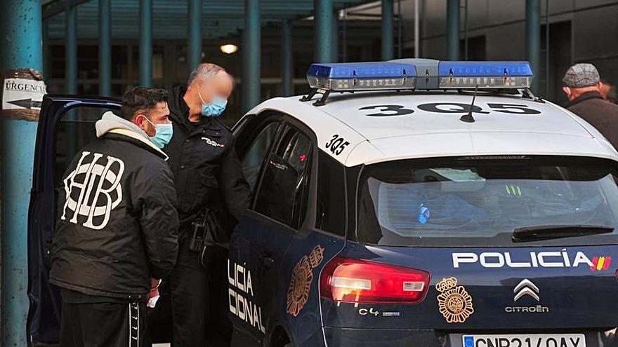 Detienen al hombre que se atrincheró en su casa de Cea tras un altercado grave con vigilantes y policías