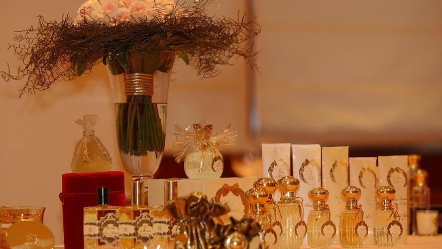 La industria cosmética prevé vender  más de 300.000 perfumes por San Valentín