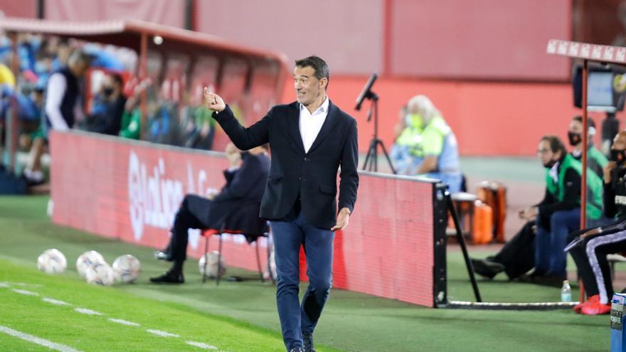 """Luis García: """"Si ganamos al Zaragoza dormiremos líderes"""""""