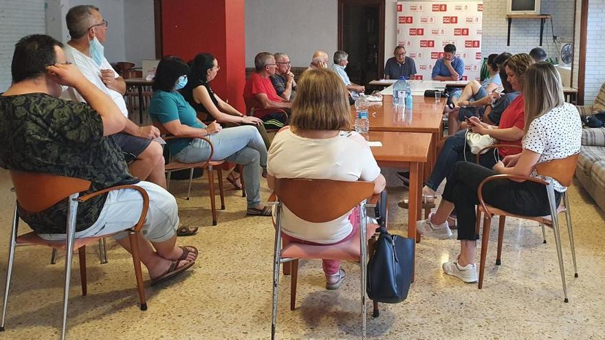 Los militantes del PSPV y Compromís dan luz verde al pacto de gobierno en Tavernes