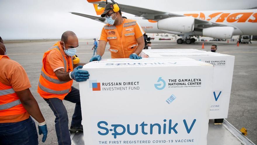 Canarias no contempla comprar la vacuna rusa Sputnik