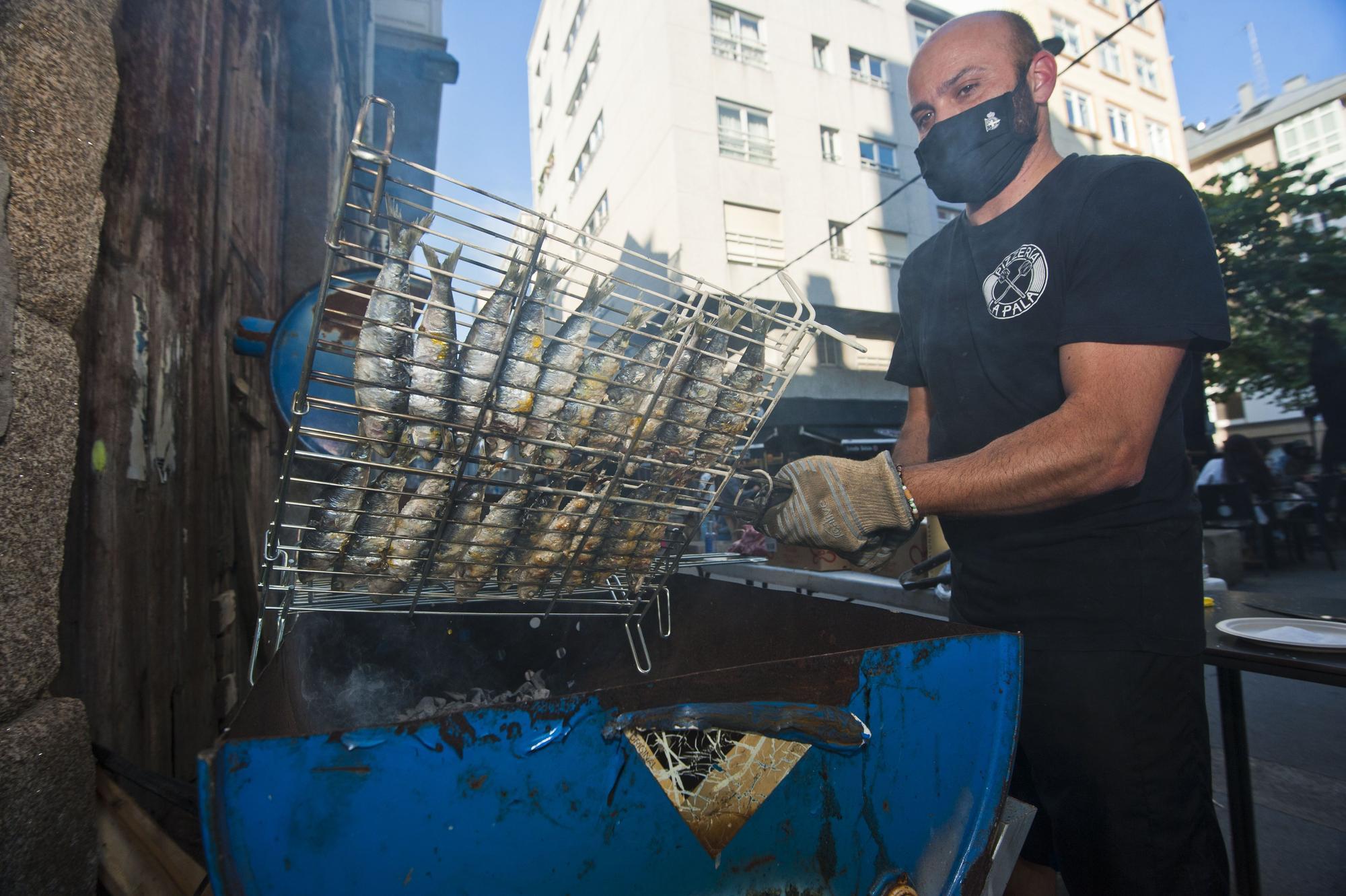 Así vive A Coruña el segundo San Juan en pandemia