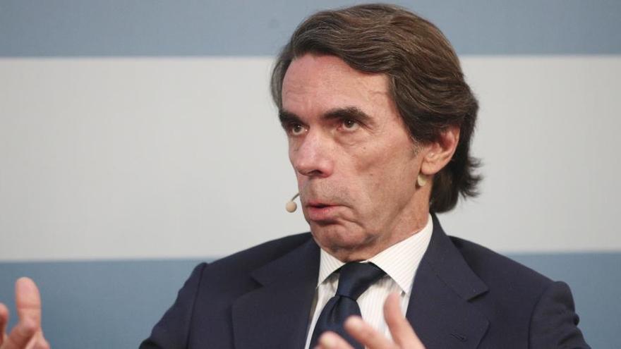 """Aznar arremete contra Sánchez por pactar con los """"herederos de ETA"""""""