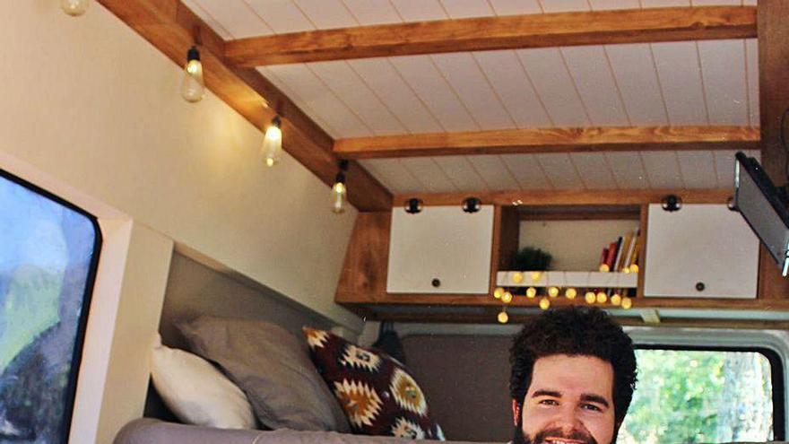 La vida nómada de un enfermero ourensano