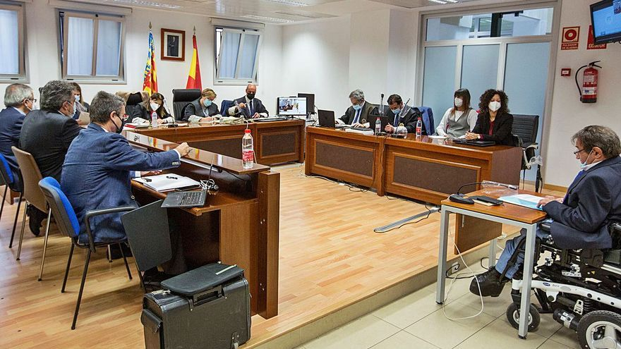 «No hay ni una prueba de que Castedo y Alperi dieran a Ortiz el plano del PGOU»