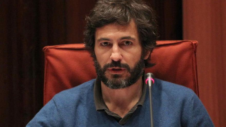 """El juez cree que Oleguer Pujol operó con dinero """"común"""" de su familia"""