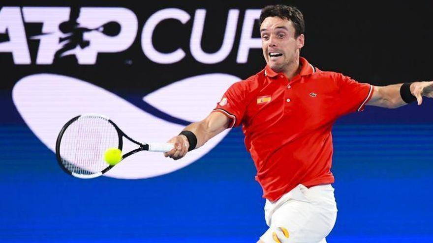 Remontada de Bautista en su estreno en la ATP Cup