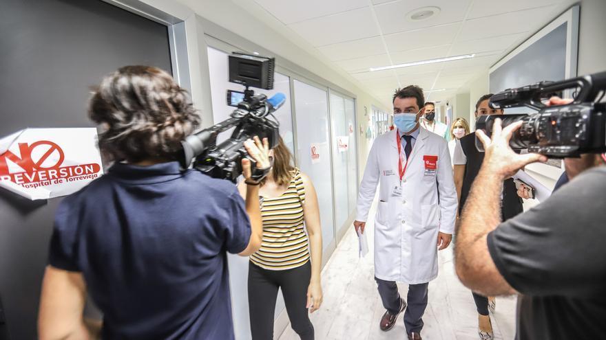 Cien sanitarios se van con Ribera, que asegura entregar el mejor departamento de la Comunidad
