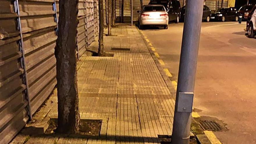 Los residentes en Las Murias reclaman mejoras en accesibilidad