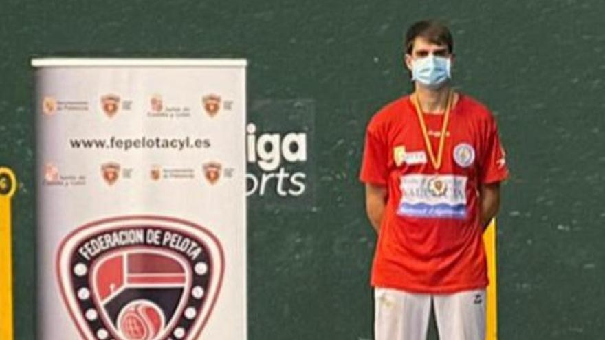 Gustavo Vidal, subcampeón nacional de Paleta Goma