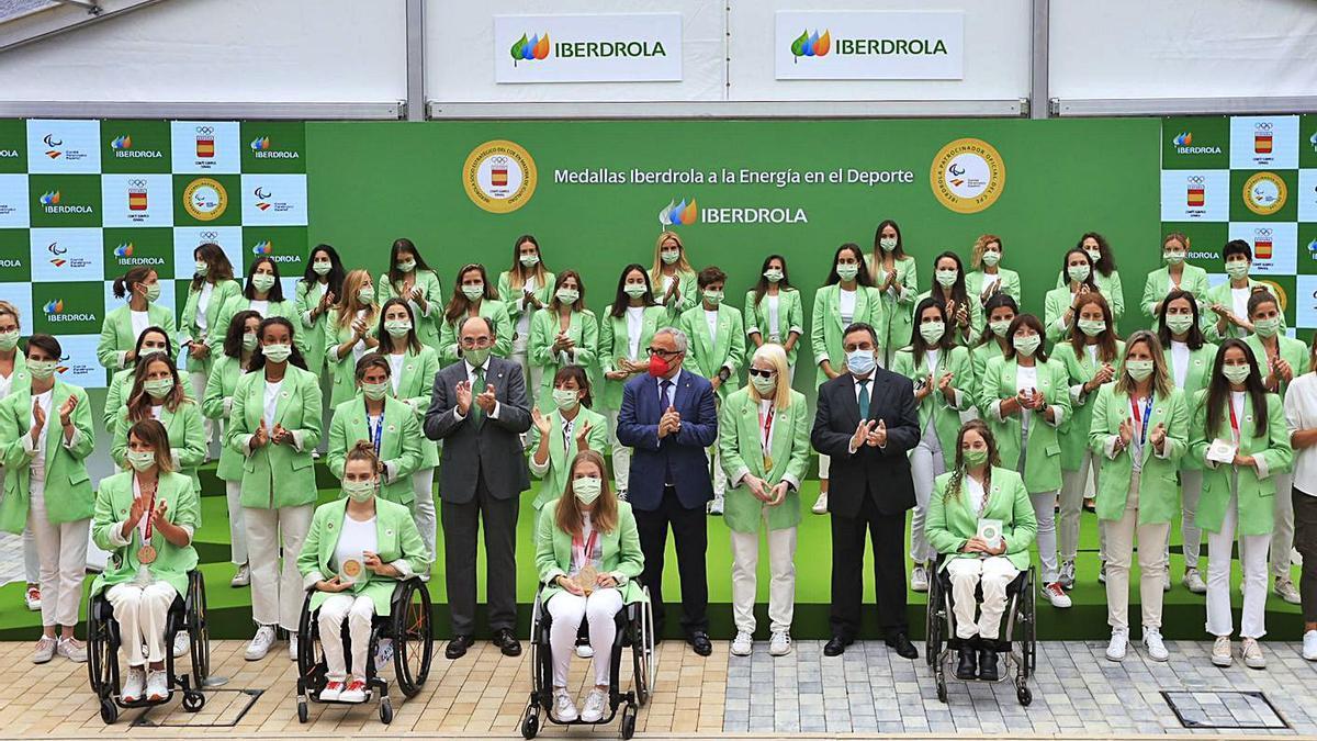Las deportistas olímpicas y paralímpicas españolas participaron en el acto celebrado ayer en la sede de Iberdrola .
