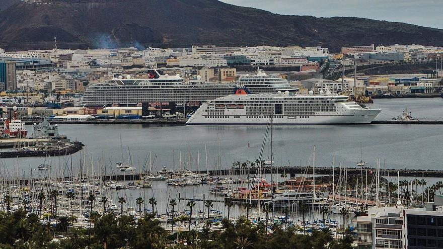Los cruceros se consolidan en la ciudad aunque cae su aportación a la economía