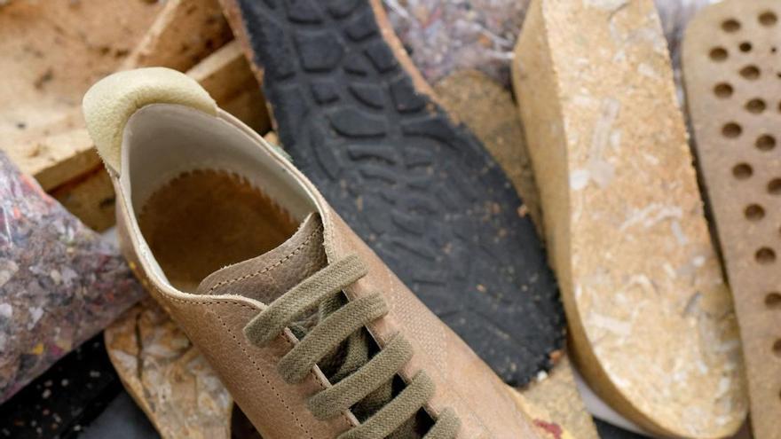 La moda vegana y reciclada pisa fuerte en el calzado alicantino